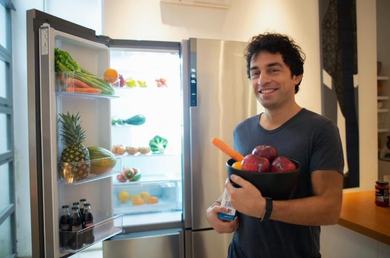 意大利百年冰激凌品牌传人用上海尔冰箱