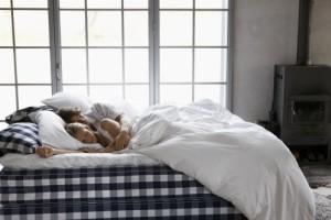 健康睡眠新定义,海丝腾引领新十年健康居家风潮