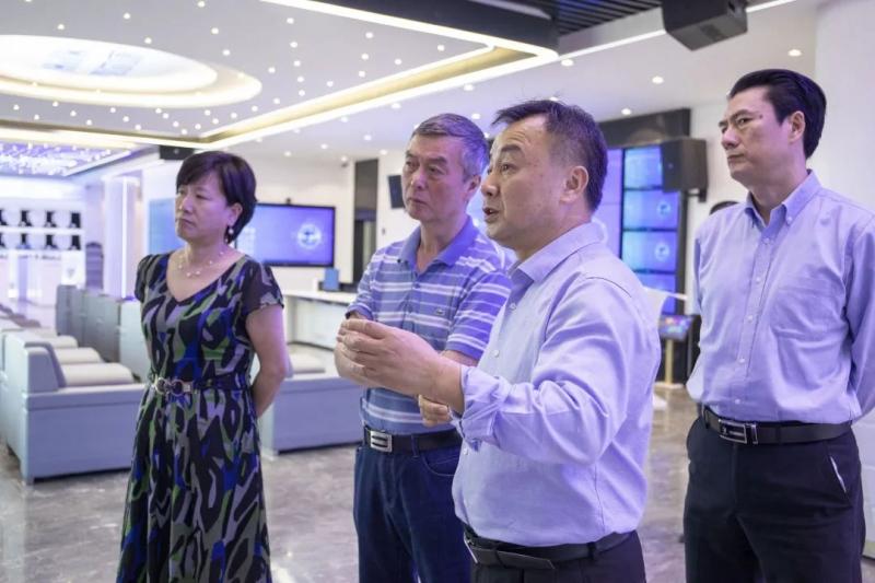 中国建筑卫生陶瓷协会会长缪斌喜尔康高质量打造全球智造新形象